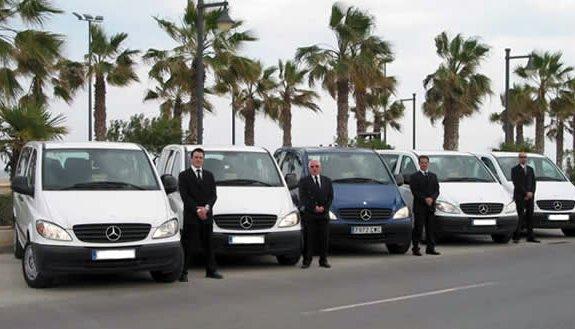 Servizio navetta per l'area urbana di Cosenza, Lamezia Terme (aeroporto) e Paola